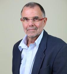 """זאב רונן, מייסד ומנכ""""ל 'מצוינות בעסקים'"""