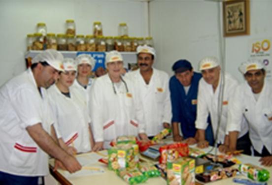 צוות העובדים שביצע את בדיקת האיכות בבוקר